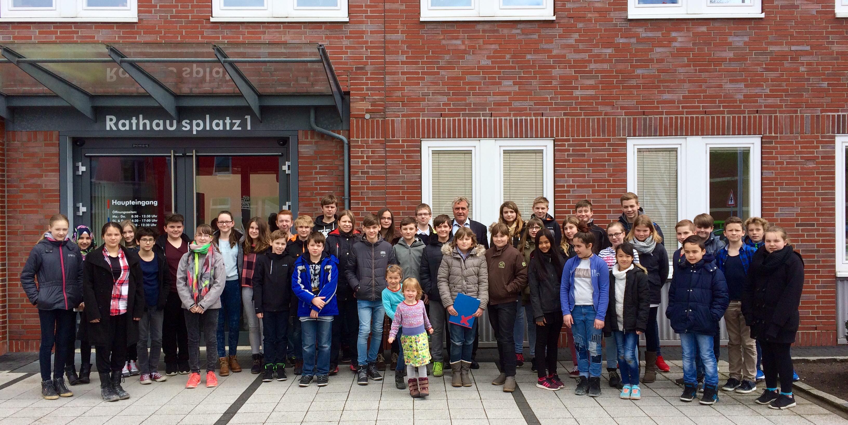 """""""Ihr seid unsere Zukunft!"""" - 42 Schülerinnen und Schüler kamen zum Zukunftstag in die Stadtverwaltung"""