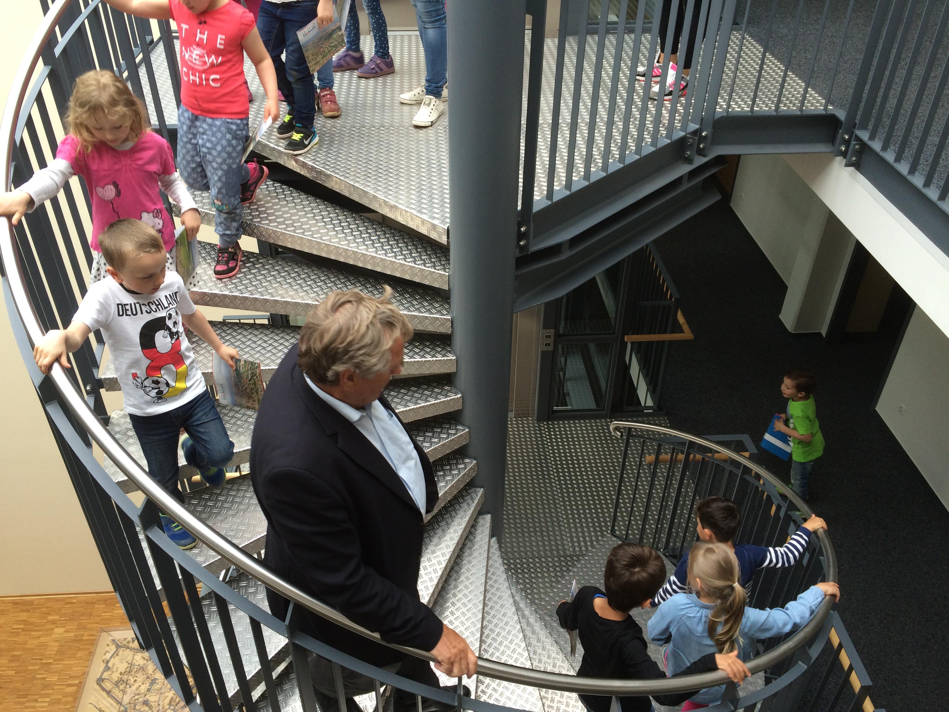 Zu Besuch im Rathaus - Vorschulkinder der Kindertagesstätte St. Marien hatten viele Fragen an den Oberbürgermeister