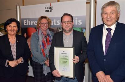 Ehrenamtspreis für Kulturring Störmede aus Geseke
