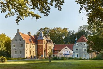 Schloss Senden ist einer der interessantesten Schätze auf dem Südkurs der 100 Schlösser Route. Schloss Senden © Münsterland e.V./Philipp Fölting