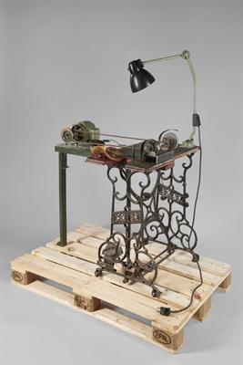 Tischbohrmaschine für Hobby-Handwerker:innen. Foto: LWL/ Kainulainen