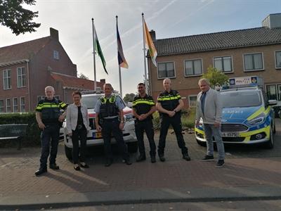 Deutsch-niederländische Fahnen Polizeistation Dinxperlo