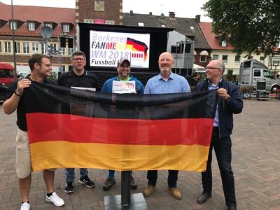 """© Stadt Borken - Aufbau zur """"Borkener Fanmeile 2018"""" gestartet"""