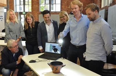 © Münsterland e.V. - Scannen mit dem 3D-Scanner, große Gruppe