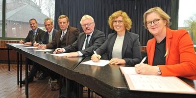 Buslinie Aalten - Bocholt - Absichtserklärung unterzeichnet