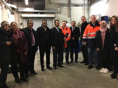 ©  - Das Foto zeigt die Besichtigung des Entsorgungszentrums mit Vertretern der WAS (Dr.-Ing. Herbert Engel, Vorstand WAS, 4.vr; Ammar Ayadi, Bürgermeister Jendouba, 5.vr).