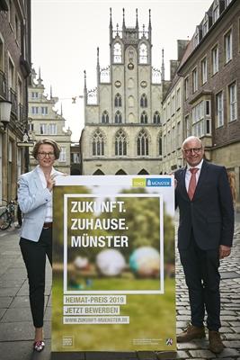 Ministerin Scharrenbach und Oberbürgermeister Lewe