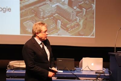 ©  - Prof. Lemke während seines Vortrags