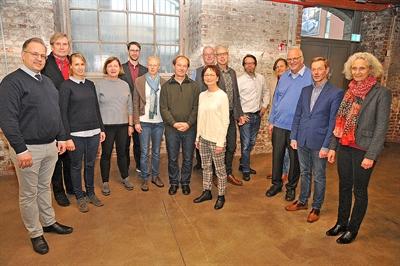 """©  - Zum ersten Gedankenaustausch für das Projekt """"Stadtgeschichte Bocholts im 20. Jahrhundert"""" trafen sich jetzt Projektleiter und Autoren im LWL-Industriemuseum TextilWerk Bocholt - Spinnerei - Foto: Bruno Wansing, Stadt Bocholt"""