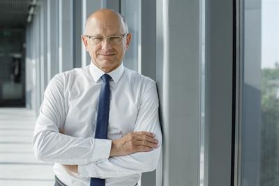 Dr. Krzysztof Żuk