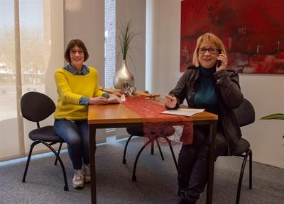 """© Stadt Ahaus - Maria Leveling (links) und Sybille Großmann - beide im Team von """"Füreinander in Ahaus"""""""