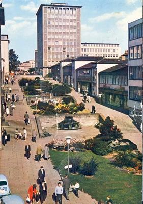 © Stadt Kassel - Blick die Treppenstraße hinauf bis zum Hochhaus.
