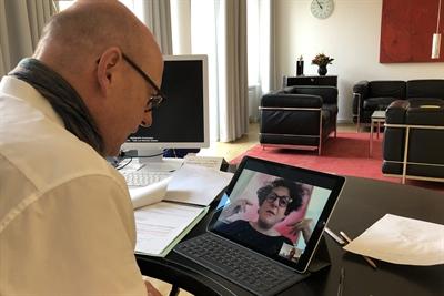 Videotelefonat Markus Lewe-Valentina Orioli