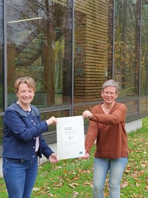 ©  - v.li.: Barbara Kraß und Geschäftsführerin Dagmar Beckmann