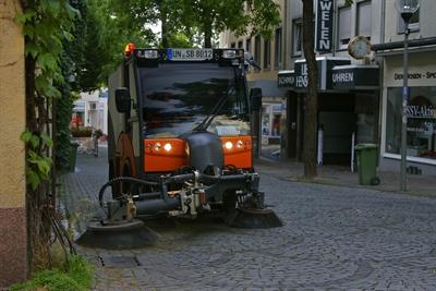 © Stadtbetriebe Unna - Kehrmaschine