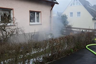 © Feuerwehr Hemer - Bei dem Feuer kam es zu einer starken Rauchentwicklung
