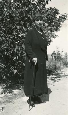 Luftschutzwartin Gräfin Merveldt