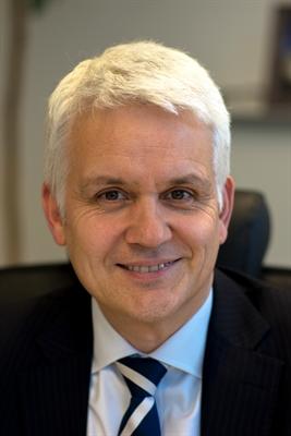 Dr. Thorsten Kehe