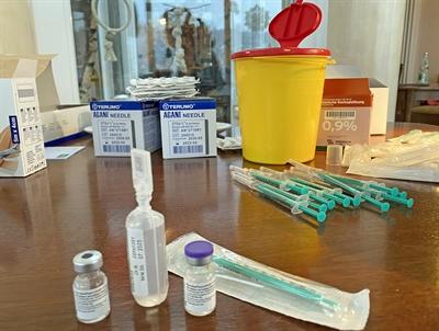 ©  - In den beiden Impfstellen in Lüdenscheid und Iserlohn sowie im Impfbus des Märkischen Kreises können ab sofort auch Schwangere ab Beginn der 13. Schwangerschaftswoche geimpft werden. Foto: Alexander Bange / Märkischer Kreis