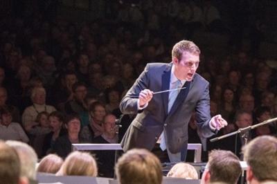 André Baumeister leitet seit 2007 als Dirigent das Kreisorchester Borken, seit 2017 das Kreisjugendorchesters sowie seit vielen Jahren den Musikkapelle Heiden.