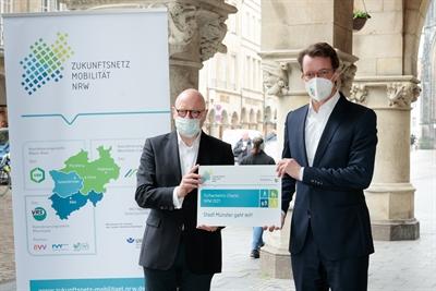 Fußverkehrs-Check - OB Mrkus Lewe-Minister Hendrik Wüst