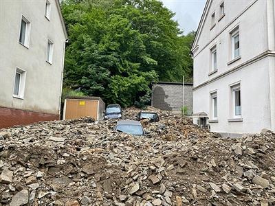 """©  - Die Schäden in Atlena nach dem Unwettertief """"Bernd"""" sind immens. Foto: Alexander Bange / Märkischer Kreis"""