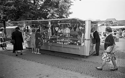 Schaufenster Stadtgeschichte: Marktwagen 1960er-Jahre