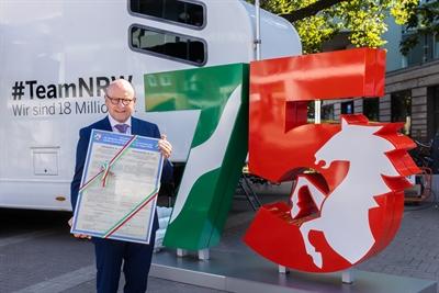 Oberbürgermeister Lewe 75 Jahre NRW