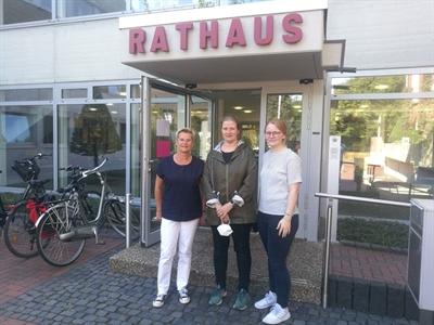 ©  - Christina Löser, Geva Huber und Kathrin Hilbring vom Briefwahlbüro der Stadt Vreden