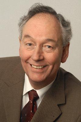Dr. Wolf Heinrichs
